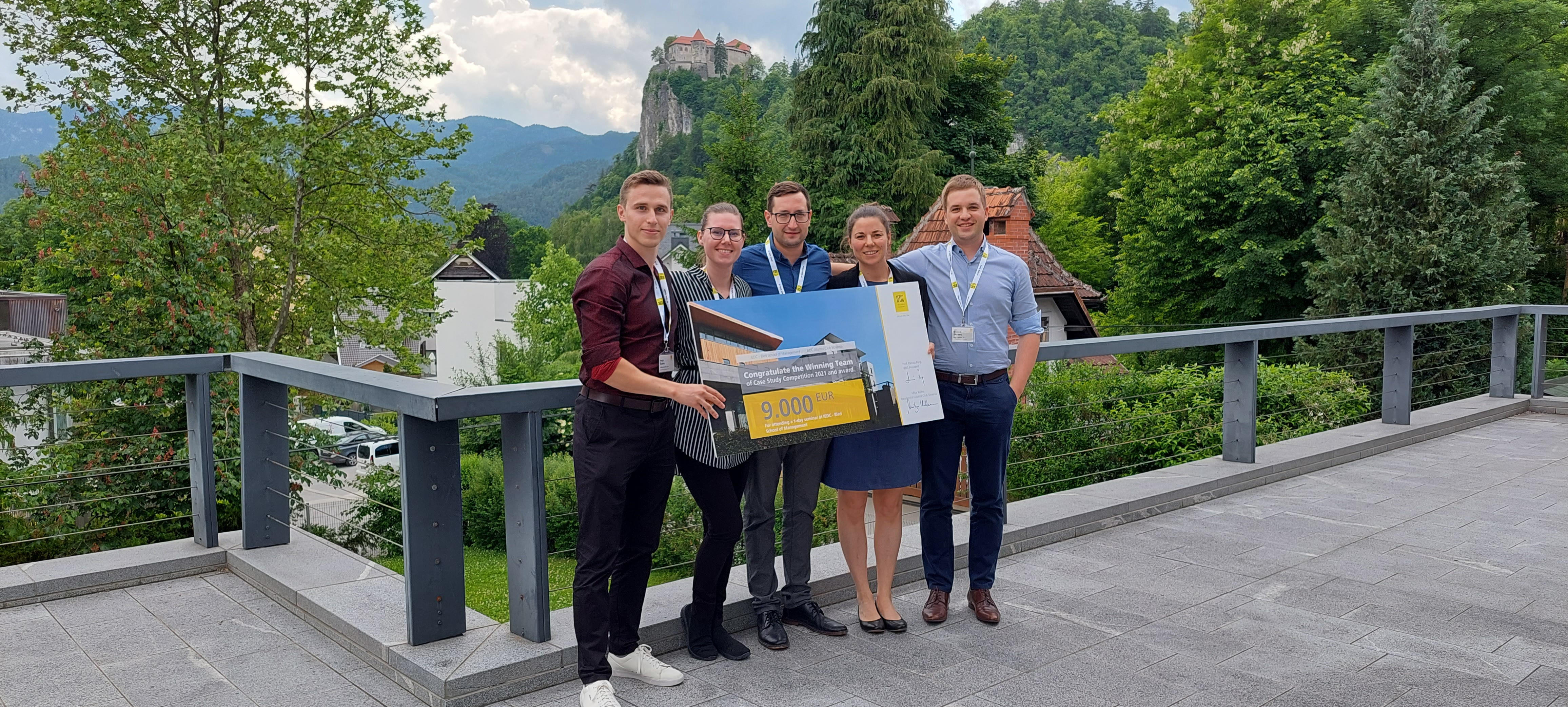 The winning team Iskraemeco